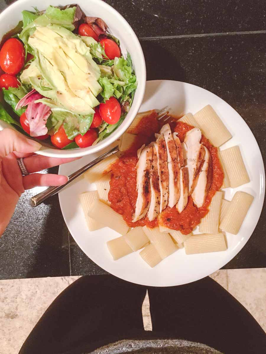 What a dietitian eats in a week - Pasta with sauce and side salad