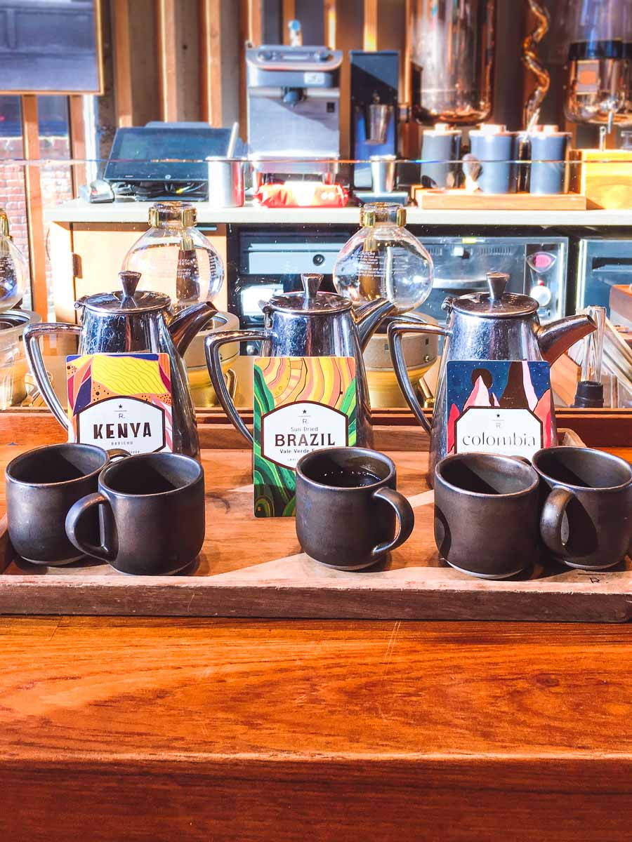 Cups filled with coffee made from siphoned coffee